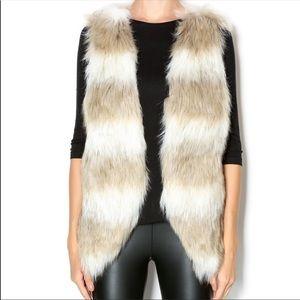 Skies Are Blue faux fur vest